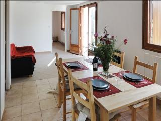 Garden apartment near Périgueux - Trelissac vacation rentals