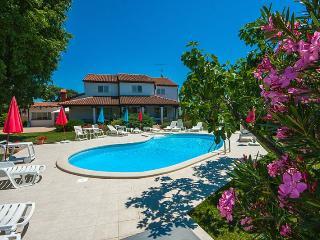 Ladonja(1408-3735) - Mali Maj vacation rentals