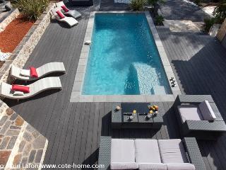 Superbe mas en pierres avec piscine - Saint-Clement-de-Riviere vacation rentals