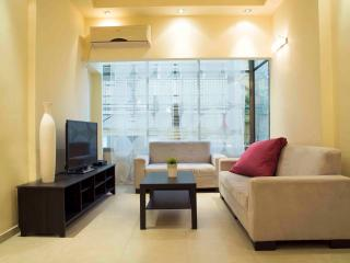 Modern in the heart of TLV at DIZINGOF 173 st. - Tel Aviv vacation rentals