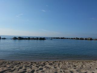 Economica villa  al mare con zona notte in taverna - Scilla vacation rentals