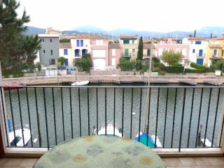 Nice Studio with Balcony and Children's Pool - Saint-Tropez vacation rentals