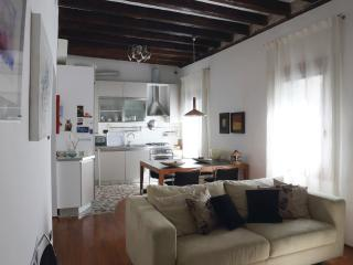 Canal View alle Beccarie - Venice vacation rentals