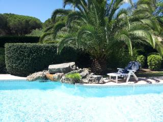 Nice Condo with Internet Access and Central Heating - Agay vacation rentals