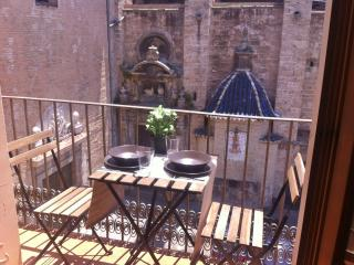 Sunny Apartment Central Market - Valencia vacation rentals