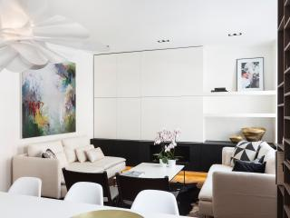 SOPHISTICATED BOUTIQUE APARTMENT - London vacation rentals