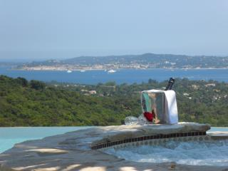 Villa Provencale vue féerique - Port Grimaud vacation rentals