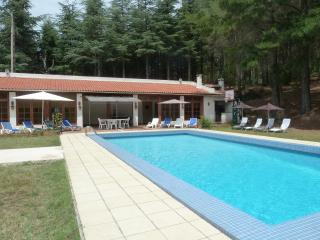 Private spacious property with huge heated pool - Oms vacation rentals