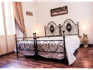 1 bedroom Bed and Breakfast with Internet Access in Noto - Noto vacation rentals