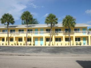 Share Our Piece of Paradise!!! - Bradenton Beach vacation rentals