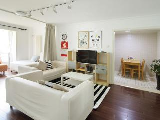 Cozy Apt. Next to Dual Subway & CBD - Beijing vacation rentals
