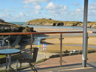 Perfect 2 bedroom Newquay Apartment with Internet Access - Newquay vacation rentals