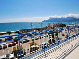 Nice Condo with Internet Access and Central Heating - Salerno vacation rentals