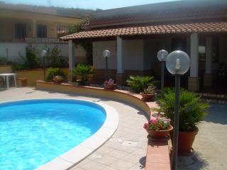 casa vacanze in villa relax - Trappeto vacation rentals