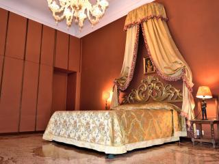 Luxury Apartment Ormesini - Venice vacation rentals