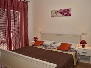 TH00721 Apartments Grepo / A6 Three bedrooms - Makarska vacation rentals