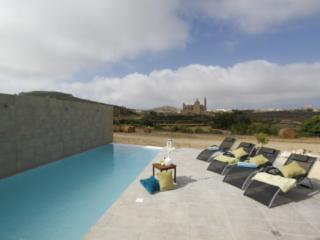 Rustic Style 4-bedroom Villa on the island of Gozo - Ghasri vacation rentals