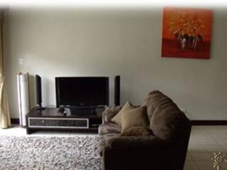 Beautiful 2 bedroom Condo in Santa Ana - Santa Ana vacation rentals