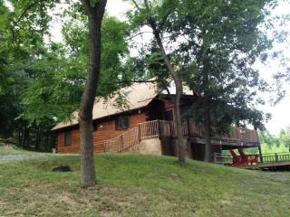 2 bedroom House with Deck in Fort Valley - Fort Valley vacation rentals