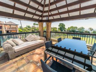 Duplex apartment in frontline beach urbanization - San Pedro de Alcantara vacation rentals