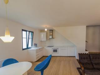 Cozy 1 bedroom Lans-en-Vercors Condo with Porch - Lans-en-Vercors vacation rentals