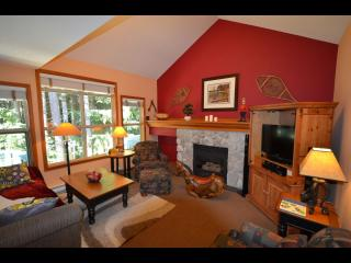 Renovated Townhouse; Ski In/Out, Private Hot Tub! - Whistler vacation rentals
