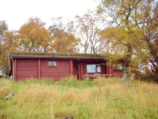 Beithe Log Cabin, the heart of Scottish Highlands - Inverness vacation rentals