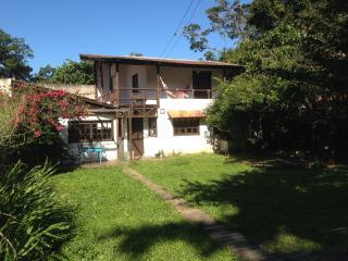 Casa Rústica, playa paradisíaca/Mariscal Bombinhas - Bombinhas vacation rentals