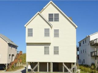 Adorable House with Deck and Internet Access - Kill Devil Hills vacation rentals