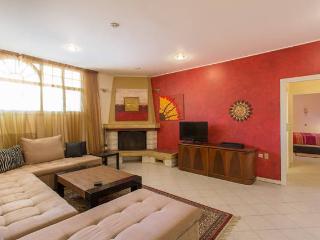 2-Bedroom Apartment in Glyfada - Glyfada vacation rentals