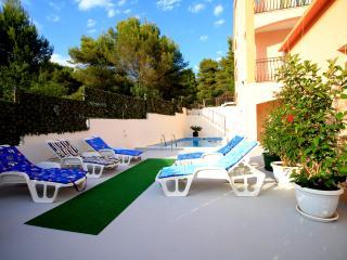 Cozy 2 bedroom Villa in Trogir - Trogir vacation rentals