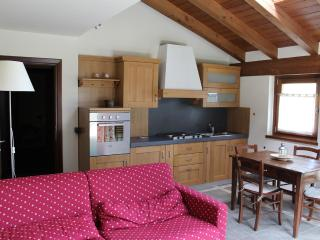 Nice Townhouse with Balcony and Central Heating - Brusson vacation rentals