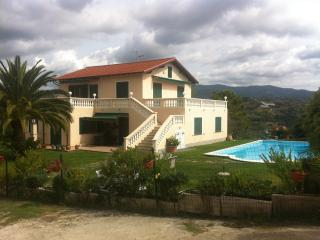 Villa Liguria- Camporosso 900 € per week/ settiman - Camporosso vacation rentals