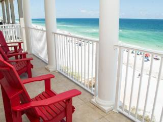 Beach Front House. Sleeps 20! Booking Spring Now! - Miramar Beach vacation rentals
