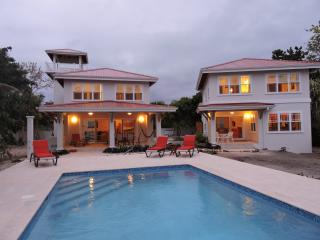 4 bedroom House with Internet Access in Placencia - Placencia vacation rentals