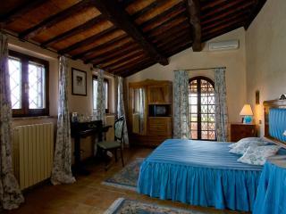 Relais Ortaglia Camera Poggiolo - Montepulciano vacation rentals