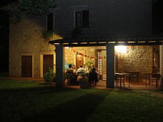 Bright Pitigliano vacation B&B with Internet Access - Pitigliano vacation rentals