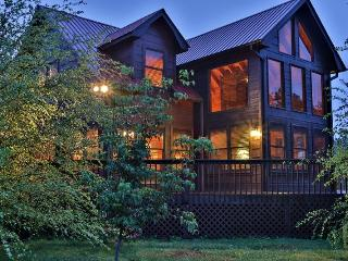 Stunning 2 Bedroom Cabin - Great Location - Easy, Paved Access! - Ellijay vacation rentals