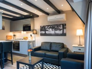 Short Stay Bezuidenhout 88b - The Hague vacation rentals