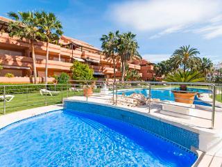 EL EMBRUJO PLAYA, Puerto Banus - Marbella vacation rentals