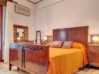 Naxos Holiday Apartment - Giardini Naxos vacation rentals