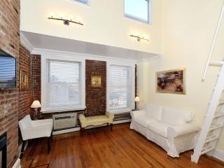 Nice Condo with Internet Access and A/C - New York City vacation rentals