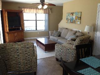 Hobbie's Hideaway Relaxing Escape For Family - Gulf Shores vacation rentals