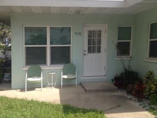 Redington Shores beach cottage - Redington Shores vacation rentals