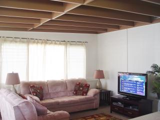 Beautiful 2 bedroom Cottage in Kaneohe - Kaneohe vacation rentals