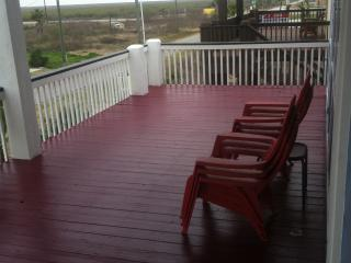 BLUE MARLIN AWESOME BEACH HOME FOR RENT ! - Crystal Beach vacation rentals