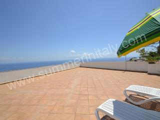 Gorgeous 1 bedroom Praiano House with Internet Access - Praiano vacation rentals