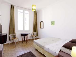 Cozy 1 Bedroom Apartment by the Sea and Old Nice Center - Nice vacation rentals