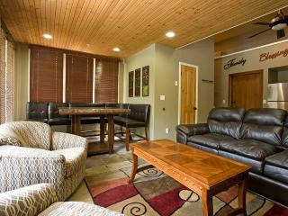 Nice Condo with Deck and Internet Access - Telluride vacation rentals