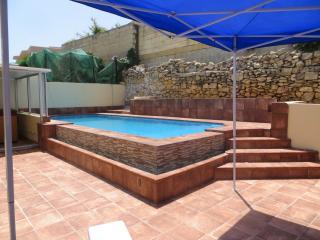 4 Bedroom Bungalow, Marsascala - Marsascala vacation rentals